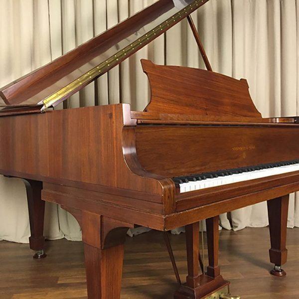 Steinway Hamburg Piano