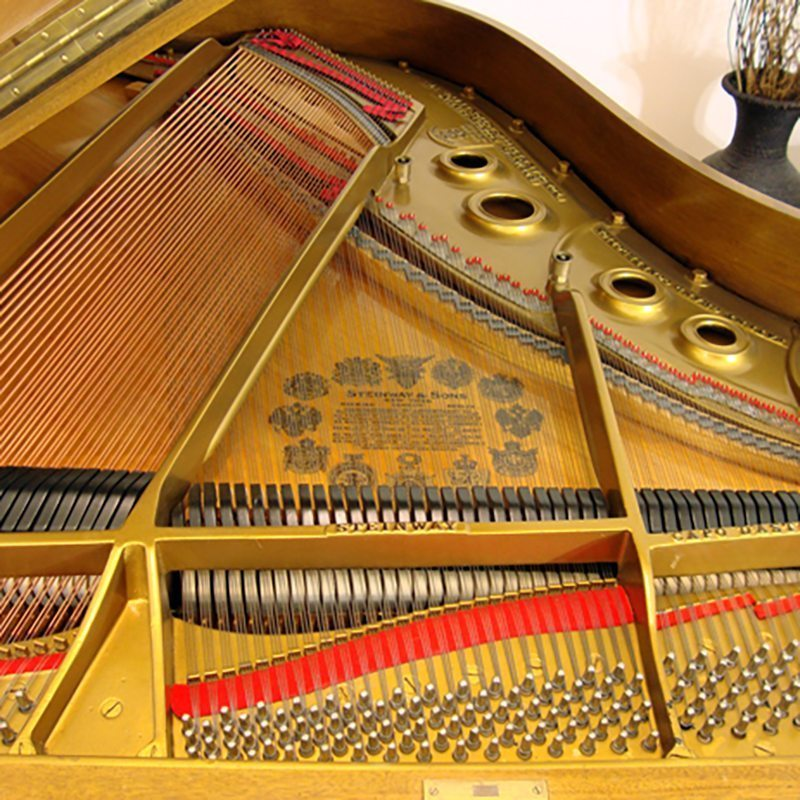 steinway grand piano model L louis XV