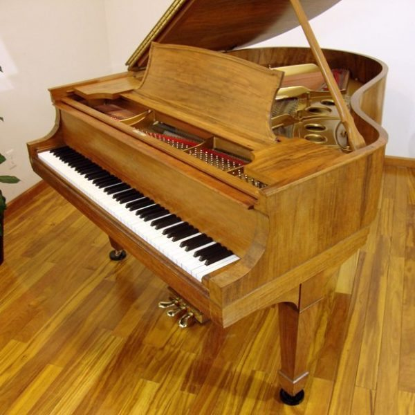 1915 Steinway O Grand Piano Circassian Walnut Traditional Style