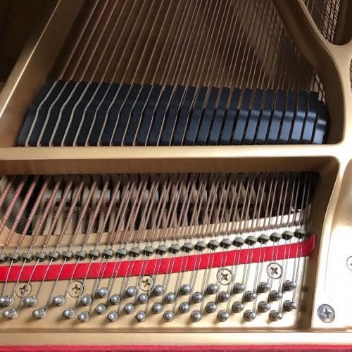 yamaha-c1-grand-piano11