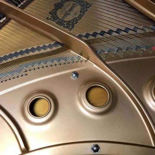 yamaha-c1-grand-piano13