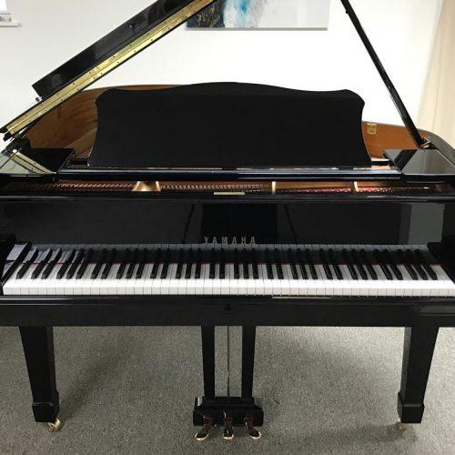 yamaha-c1-grand-piano7