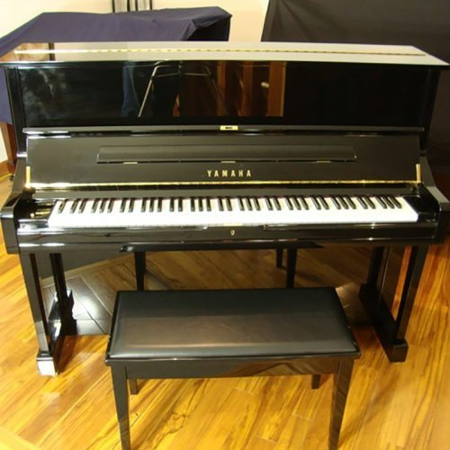 Yamaha U1 Upright Piano High Gloss Ebony