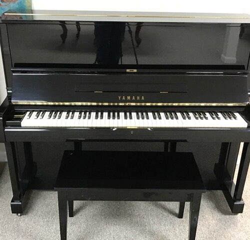 yamaha-u1-upright-piano-a